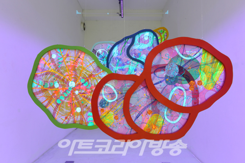 Molecular portraits of life - 조미예展